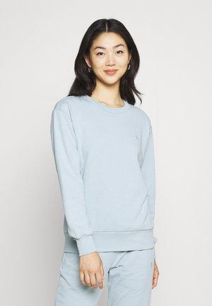 DAPHNE BASIC BADGE - Sweatshirt - blue fog