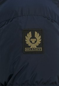 Belstaff - DOME SOLID JACKET - Down jacket - dark navy - 3