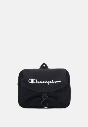 LEGACY BEAUTY CASE - Kosmetická taška - black