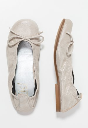 Ballet pumps - cosmos ifrit