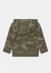 GAP - HOODIE - Zip-up hoodie - desert cactus - 1