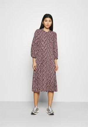 KAROLA RAYE DRESS - Shirt dress - black/lavender