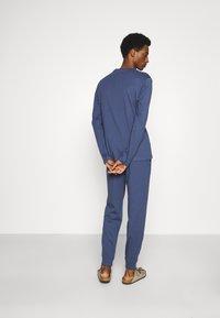 Pier One - Pyjama set - blue - 2