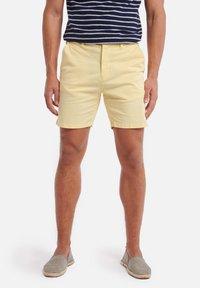 Shiwi - SHIWI MEN STRETCH COTTON JACK - Shorts - miami lemon - 0