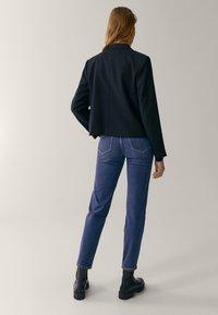 Massimo Dutti - MIT HALBHOHEM BUND  - Slim fit jeans - blue - 2