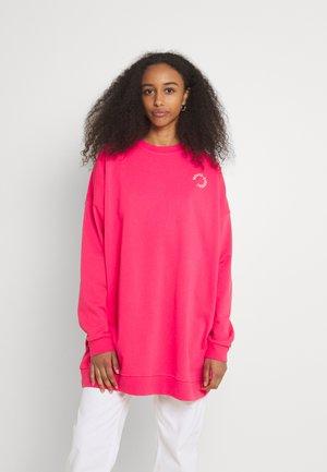 VIKAMO - Sweater - rasberry