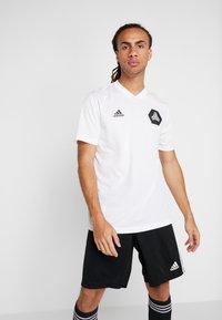adidas Performance - TAN  - Camiseta estampada - white - 0