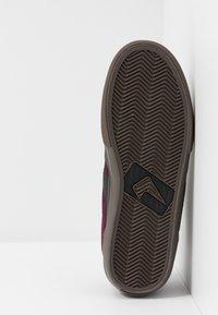 Globe - ENCORE-2 - Skate shoes - plum/choc - 4