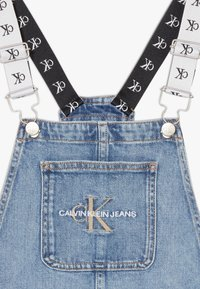 Calvin Klein Jeans - DUNGAREE DRESS  - Denimové šaty - denim - 4