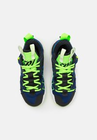 Jordan - WHY NOT ZER0.3 SE UNISEX - Basketball shoes - black/key lime/blue void/summit white/white/barely volt - 3