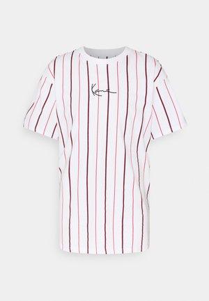SMALL SIGNATURE PINSTRIPE TEE - T-shirt con stampa - white