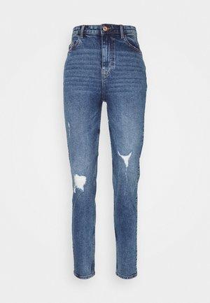 PCKESIA MOM DESTROY - Jeans relaxed fit - medium blue denim