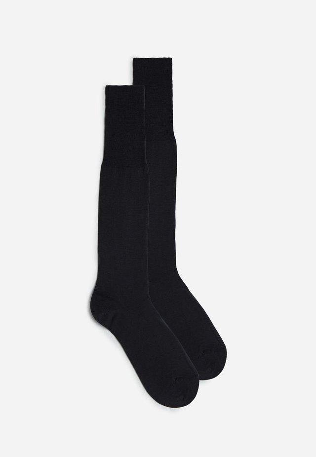 LANGE STRÜMPFE AUS SATINIERTER, MERCERISIERTER BAUMWOLLE - Knee high socks - antracite