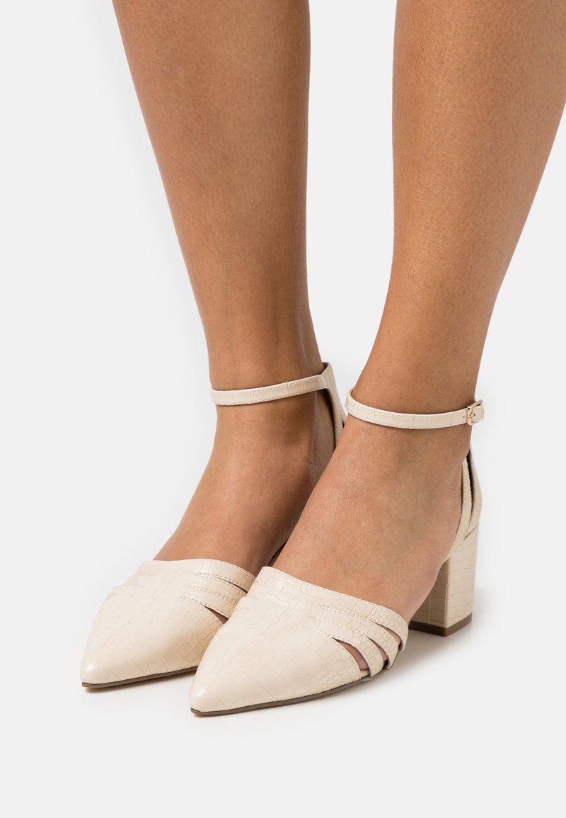 Bianco - BIADIVIVED FASHION WIDE FIT - Classic heels - creme