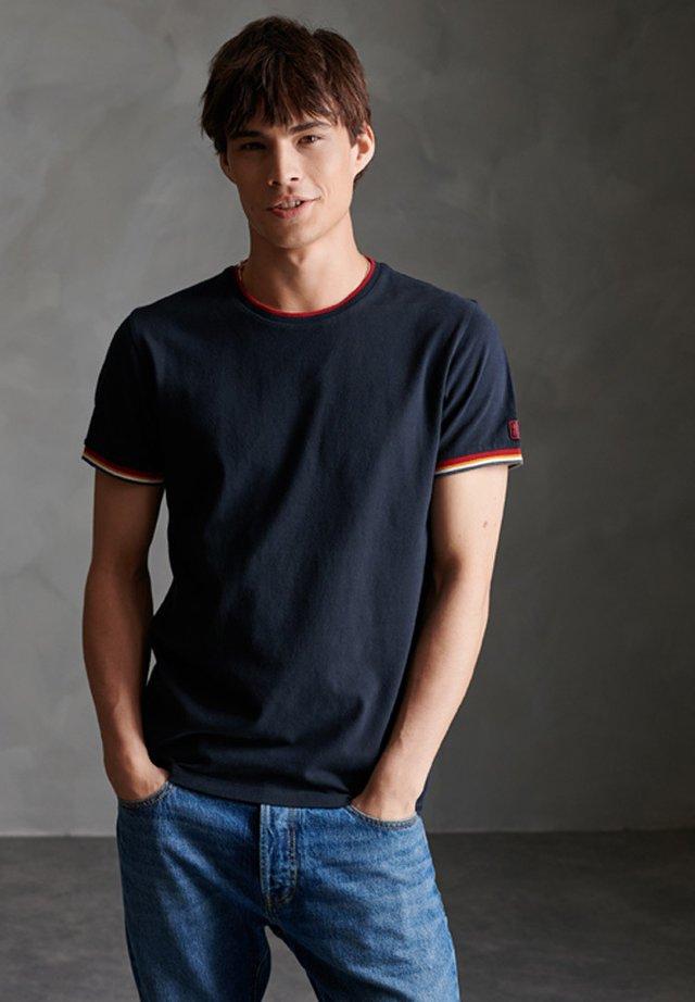 ORANGE LABEL - T-shirt print - eclipse navy