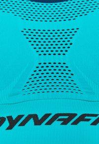 Dynafit - SPEED BRA - Reggiseno sportivo con sostegno leggero - silvretta - 2