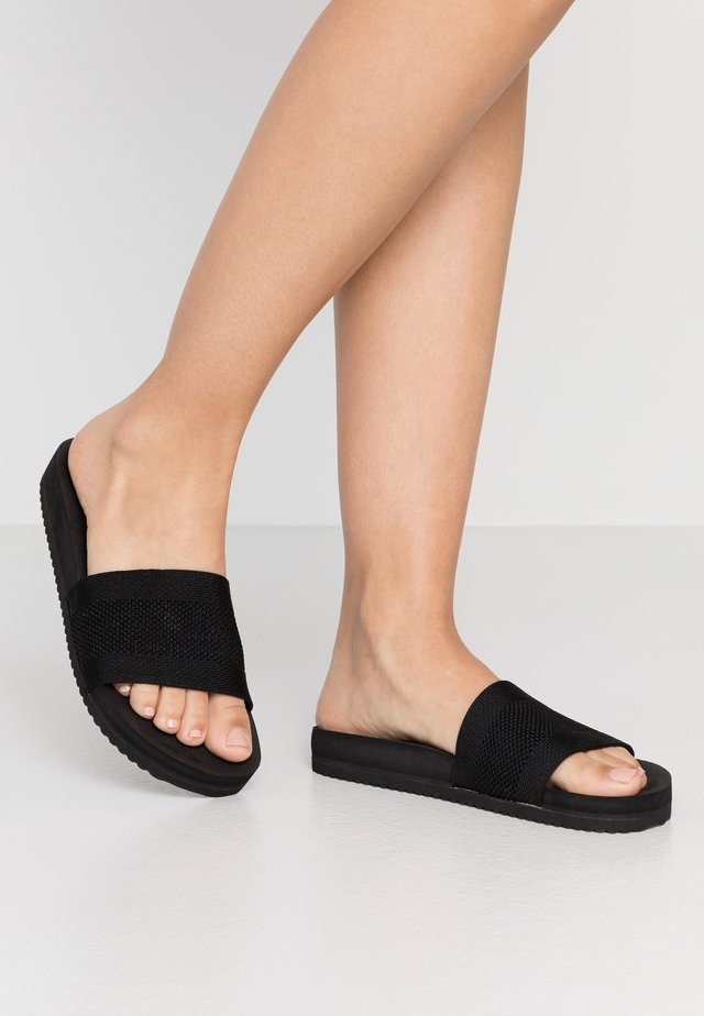POOL  - Mules - black