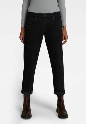 KATE - Slim fit jeans - worn in black varnish