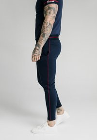 SIKSILK - EXPOSED TAPE JOGGER - Träningsbyxor - navy - 4