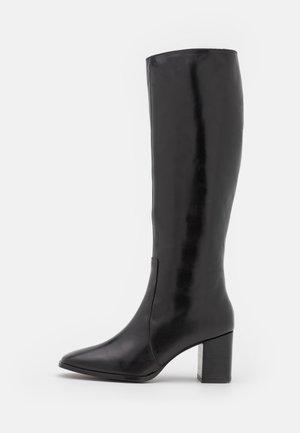 CELYNA - Vysoká obuv - noir