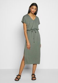 b.young - BYPOMMA DRESS  - Day dress - sea green - 0