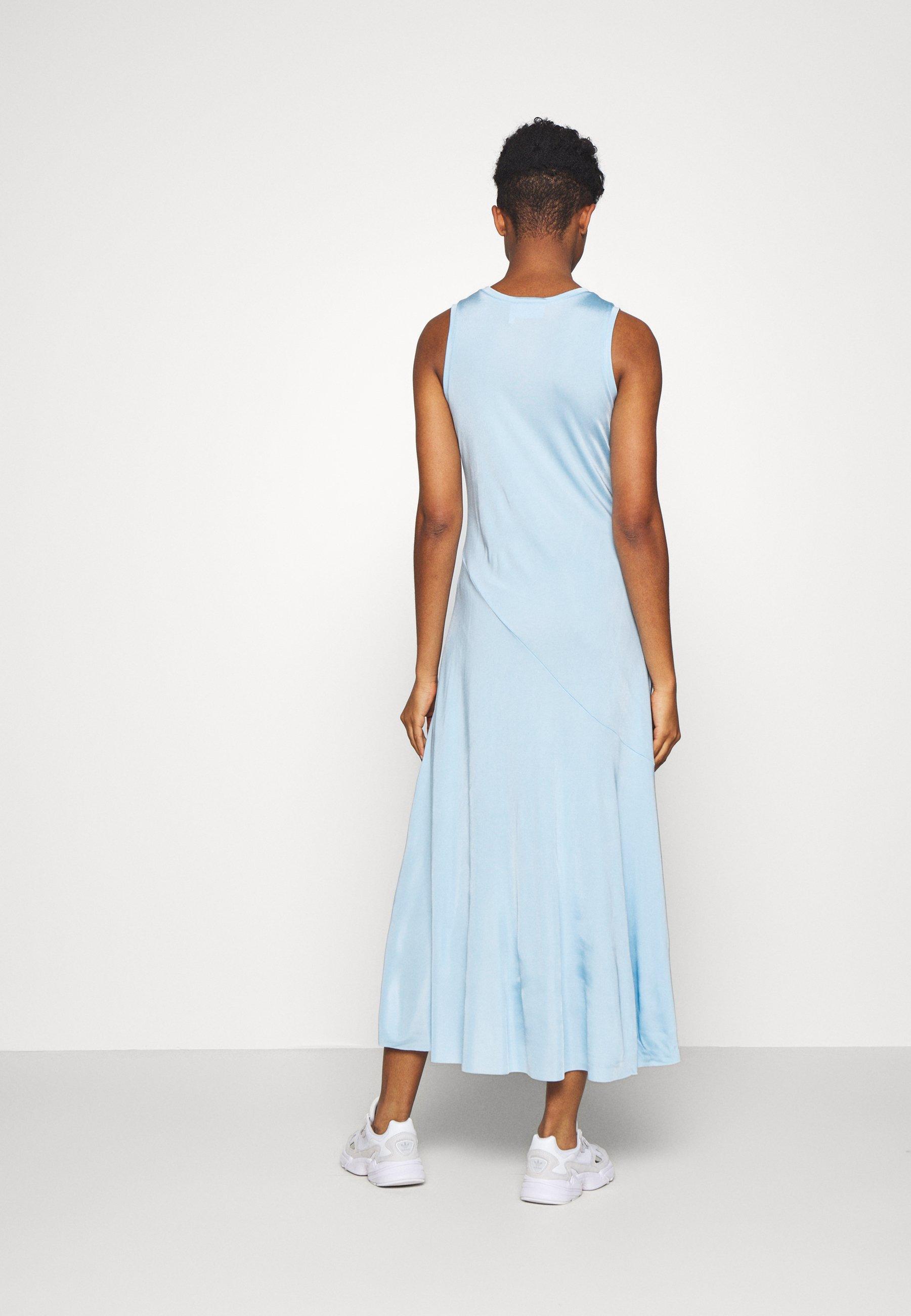 Weekday RAKEL DRESS - Robe en jersey - light blue - Robes femme p2rRM