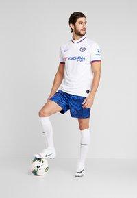 Nike Performance - NIKE STRIKE - Fodbolde - white/obsidian/blue fury/white - 1