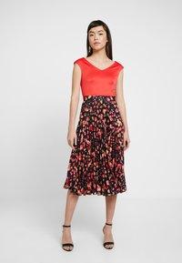 Closet - PLEATED SKIRT DRESS - Vestito elegante - red - 0