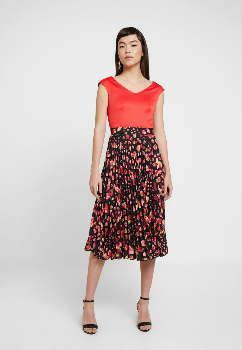 Closet - PLEATED SKIRT DRESS - Vestito elegante - red