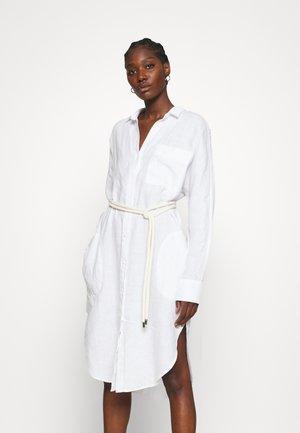 DRESS - Blousejurk - optical white