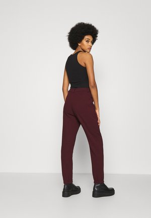 KASIA TROUSER - Joggebukse - wine red