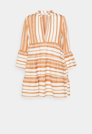 ONLSALLY ATHENA 3/4 DRESS - Vapaa-ajan mekko - cloud dancer/indian tan