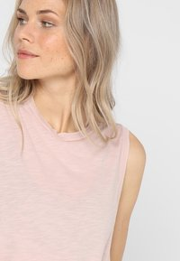 Free People - LOVE TANK - Top - taupe - 3
