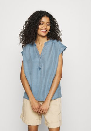 SHIRRED POPOVER - Blouse - chambray