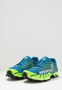 Inov-8 - X-TALON 255 - Trail running shoes - blue/green - 2