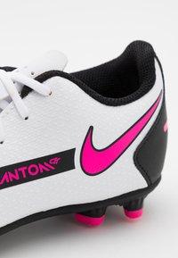 Nike Performance - JR PHANTOM GT CLUB FG/MG UNISEX - Moulded stud football boots - white/pink blast/black - 5