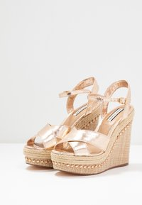 River Island - High heeled sandals - gold - 4