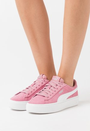 VIKKY STACKED - Trainers - foxglove/white