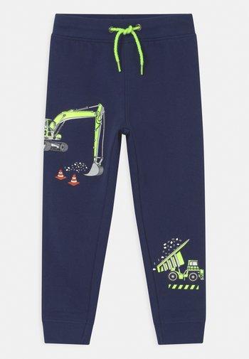 KIDS BOYS TROUSER - Teplákové kalhoty - blau