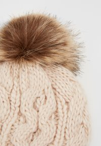 Barbour - PENSHAW CABLE BEANIE - Beanie - blush pink - 4