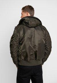 Alpha Industries - HOODED STANDART FIT - Light jacket - black olive - 2