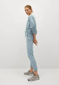 Mango - RELAX-A - Pantalon de survêtement - bleu ciel - 3