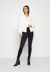 ONLY - ONLHUSH LIFE  - Jeans Skinny Fit - black - 1