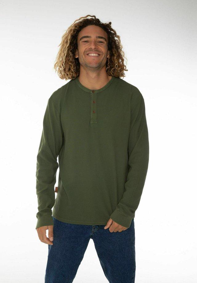 Langærmede T-shirts - spruce