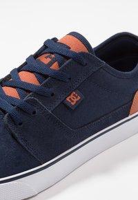 DC Shoes - TONIK - Sneakers laag - navy - 5