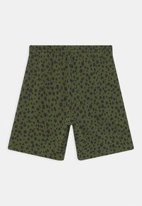 ARKET - SHORTS - Kraťasy - green - 1