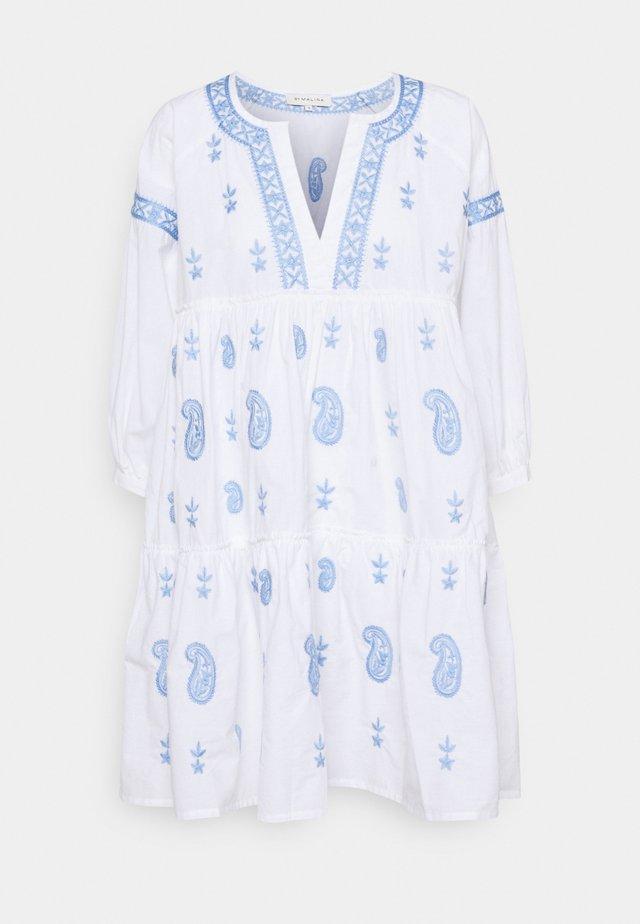 MIMI DRESS - Hverdagskjoler - sky blue