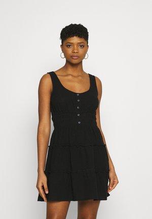 PETITIE KAYLA TIERED SLEEVELESS MINI DRESS - Day dress - black