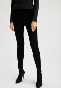 DeFacto - Leggingsit - black - 0