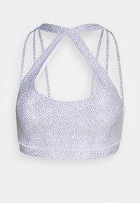 Cotton On Body - STRAPPY SPORTS CROP - Light support sports bra - blue - 4